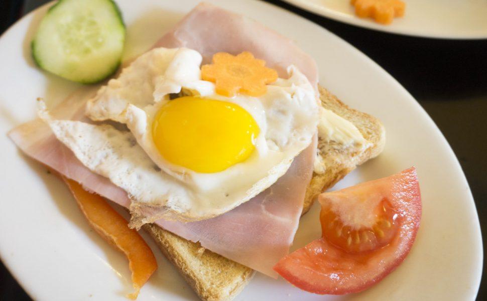 Frühstück bei Café Schmitz Eigelstein Köln Vegetarisch Vegan Laktosefrei